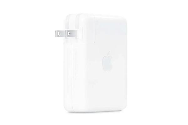 苹果140W USB-C充电器首次用上氮化镓:要价高达729元